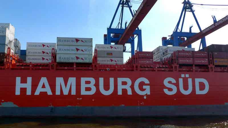 Hamburg Süd strengthens major service