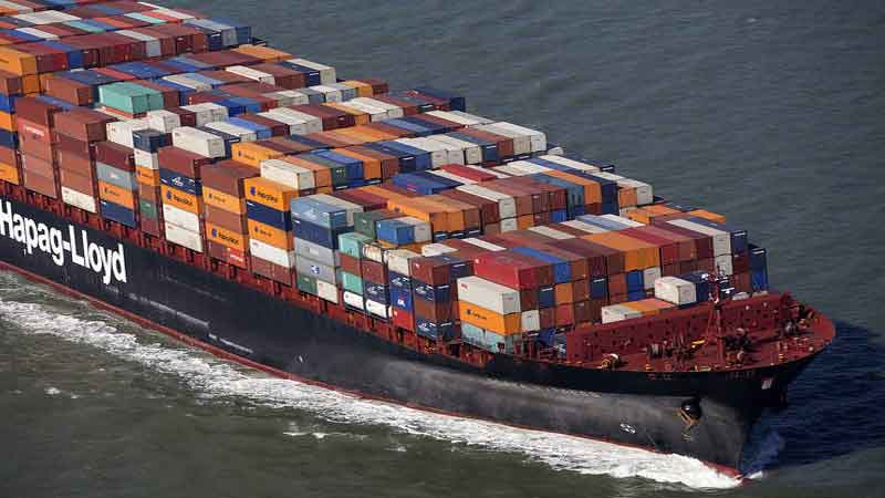 Hapag-Lloyd delivers significantly higher half-year result